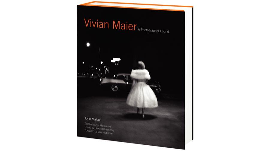 vivian-maier-a-photographer-found-book